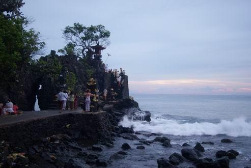Pura Batu Balong_http://www.indoholidaytourguide.com